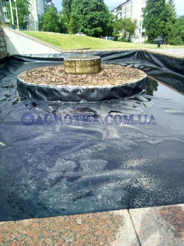 фонтан в міському парку м. Світловодськ